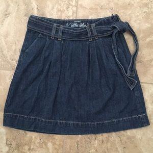 👋🏻 $5! Denim Flare Skirt
